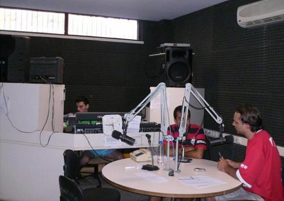 Valentim Júnior, Felipe Muniz e Bruno Guedes na edição de ontem do Resumo